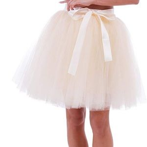 Tulle ivory skirt petticoat above knee tutu Medium